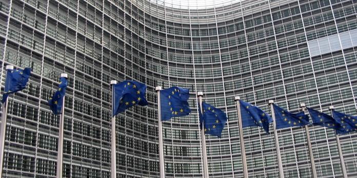 FT: Σχέδια Ε.Ε. για ενίσχυση Ελλάδας και Ισπανίας αντί της Ανατ. Ευρώπης