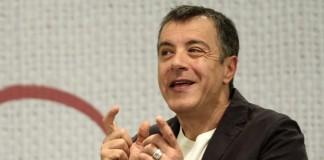 """Πως ο Θεοδωράκης """"ξεσκεπάζει"""" τις δημοσκοπήσεις για το ΚΙΝΑΛ"""