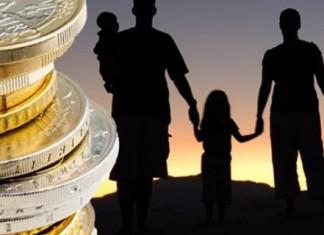 Έως την Πέμπτη η πρώτη πληρωμή του επιδόματος παιδιού