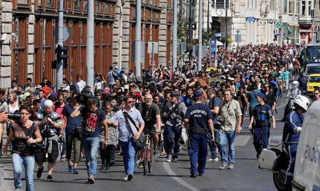 Ουγγαρία,κλείνει, κέντρα υποδοχής,προσφύγων,