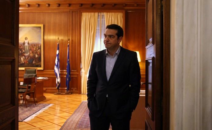 Ο πρωθυπουργός μετράει κέρδη και ζημίες μετά τις συναντήσεις με τους αρχηγούς