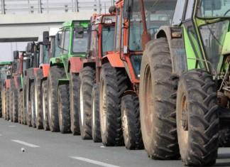 Λάρισα: Αποχωρούν τα τρακτέρ από τις σήραγγες των Τεμπών