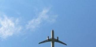 Κεραυνός χτύπησε αεροπλάνο