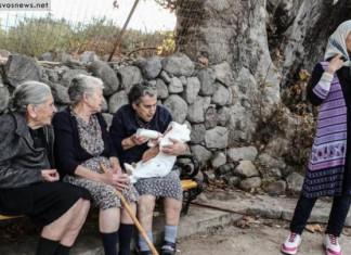 Οι γιαγιάδες της Λέσβου: Έφυγε από τη ζωή η Μαρίτσα, μία από τις τρεις