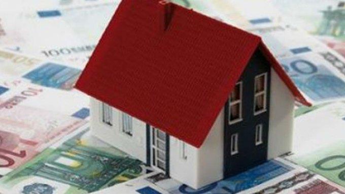 Ο ΣΥΡΙΖΑ θέλει να εκμεταλλευτεί προεκλογικά την πρώτη κατοικία και τα «κόκκινα» δάνεια