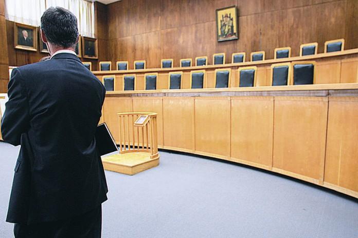 Στις κάλπες οι δικηγόροι