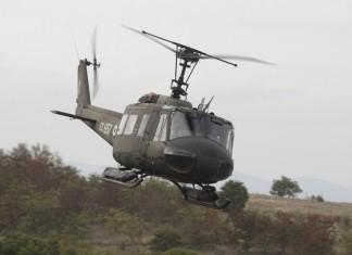 Ελικόπτερο Super Puma της Πολεμικής Αεροπορίας, μετέφερε μητέρα και το νεογνό της από τη Σίφνο στην Αθήνα