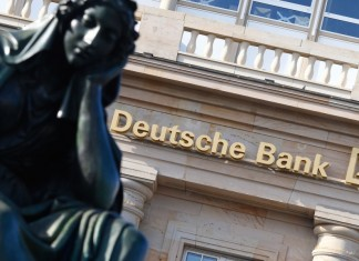 Deutsche Bank, ξέπλενε, ρούβλια,