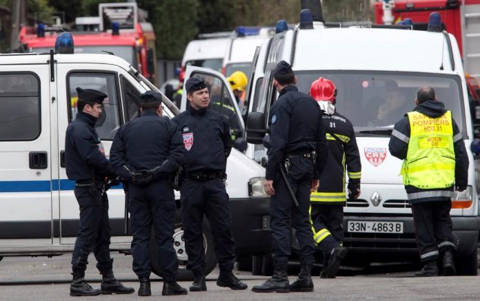 ΓΑΛΛΙΑ: Η στιγμή της σύλληψης ενός εκ των δραστών της επίθεσης σε σταθμό του μετρό