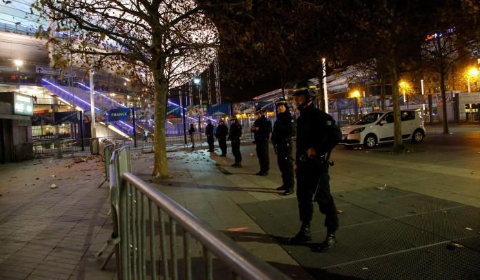 Παρίσι, νεκρός, αστυνομικός,
