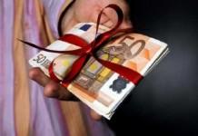 Δώρο Χριστουγέννων δύο ταχυτήτων για τους εργαζόμενους στον ιδιωτικό τομέα