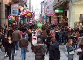 Μ. Σάββατο: Οι ώρες λειτουργίας των εμπορικών καταστημάτων