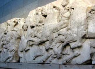 Φίσερ: Τα Γλυπτά του Παρθενώνα δεν ανήκουν στην Ελλάδα