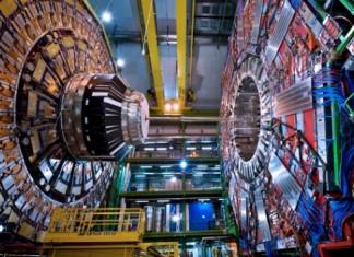 CERN,έτοιμος, επαναλειτουργία,