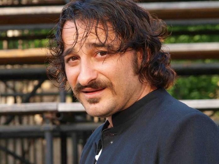 Το αγοράκι της φωτογραφίας είναι διάσημος Έλληνας ηθοποιός