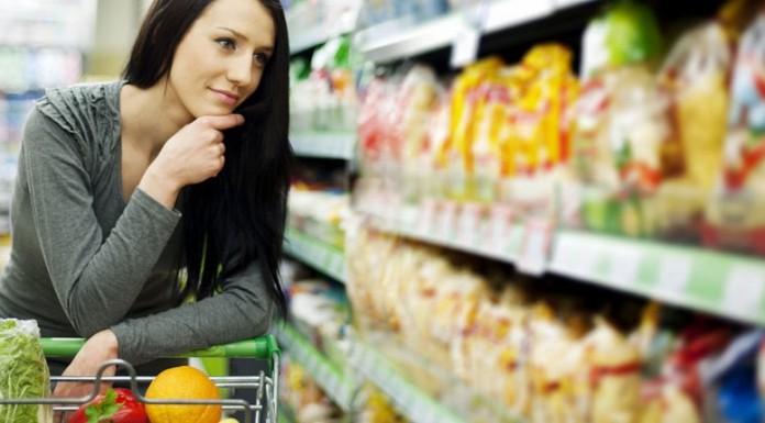 Σούπερ μάρκετ: Τείνουν α να μετατραπούν σε εστίες μετάδοσης του κορωνοϊού
