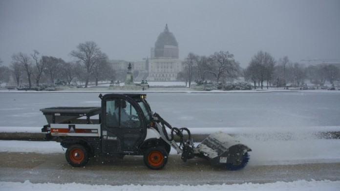 ΗΠΑ: Σε κλοιό χιονιά