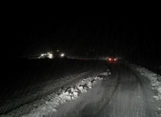 Διακόπηκε λόγω χιονόπτωσης η κυκλοφορία στη λεωφόρο Διονύσου