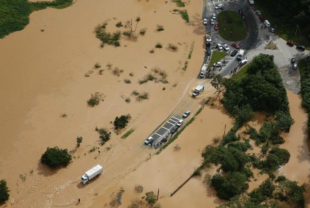 20 νεκροί, πλημμύρες,