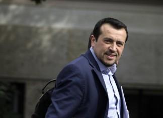 Την θέση ότι «η βιώσιμη ανάπτυξη θέλει σχέδιο» και «όχι χάρες σε ημέτερους με διάλυση της εργασίας και του περιβάλλοντος» διατύπωσε ο βουλευτής του ΣΥΡΙΖΑ, Ν. Παππάς με αφορμή την εξέλιξη της αποχώρησης των δύο ξένων επενδυτών από το Ελληνικό.