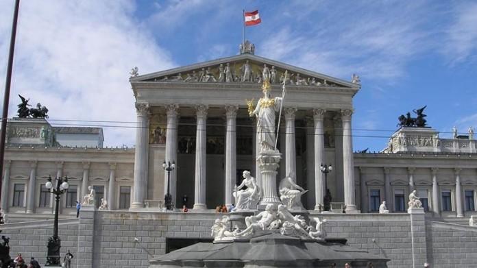 90 αυστριακοί διανοούμενοι, υπέρ Ελλάδας, προσφυγικό,