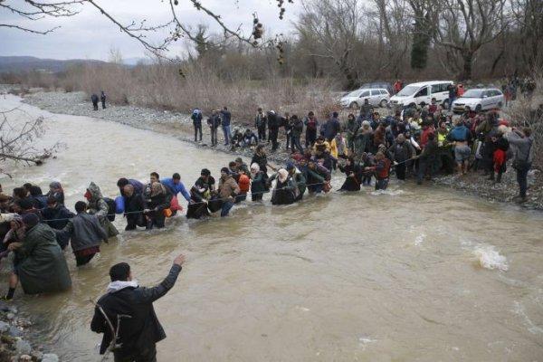 πρόσφυγες, φυλλάδιο, Ειδομένη,