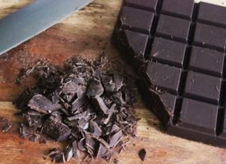 Ο ΕΦΕΤ ανακαλεί μαύρη σοκολάτα