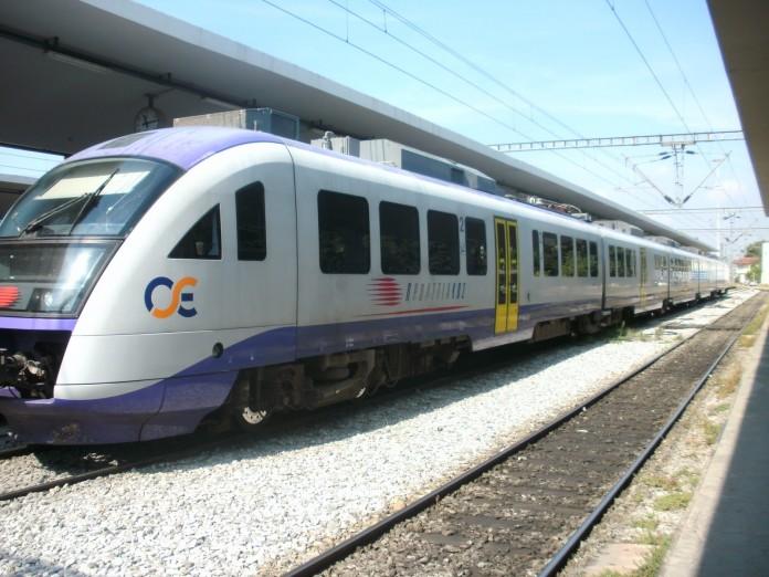 Στάσεις εργασίας σε τρένα και προαστιακό την Τρίτη