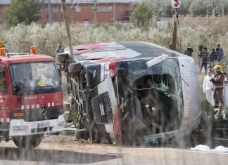 ΙΣΠΑΝΙΑ: 5 νεκροί από σύγκρουση λεωφορείου σε υποστύλωμα γέφυρας