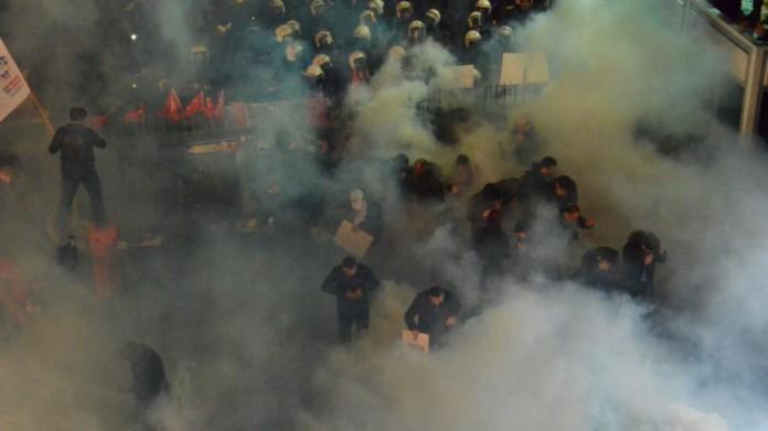 Ερντογάν, Zaman, ελευθεροτυπία,