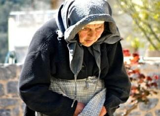 ηλικιωμένη, 26.000 ευρώ, κόρη,