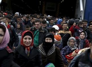 πρόσφυγες, μετανάστες, κοντεύουν, πενήντα τέσσερις χιλιάδες