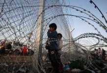Σουηδία, 15 τραυματίες, φωτιά, πρόσφυγες,