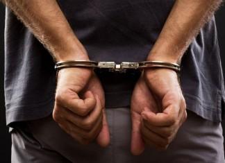 Αττική, συνελήφθη, «μαϊμού» εφοριακός, ηλικιωμένοι,