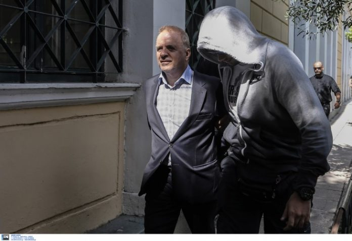 Κάθειρξη 16 ετών με αναστολή στον Λιακουνάκο