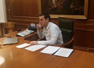 Τσίπρας: Τηλεφωνική επικοινωνία με Γεννηματά και Βελόπουλο για το πολυτεχνείο