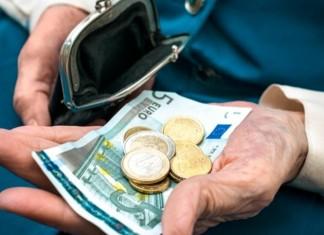 Αναδρομικά ως 4.408 ευρώ σε κύριες και επικουρικές συντάξεις