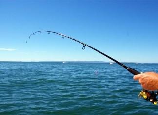 Απαγόρευση κυκλοφορίας: Τι ισχύει για το μπάνιο στη θάλασσα και το ψάρεμα