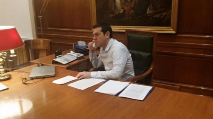 Τηλεφωνική επικοινωνία Τσίπρα -Ζάεφ
