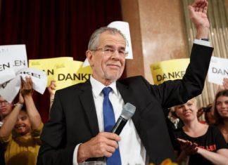 Αυστρία, Αλεξάντερ Βαν Ντερ Μπέλεν, νέος Πρόεδρος,