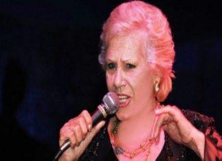 πέθανε, τραγουδίστρια, Άντζελα Γκρέκα,