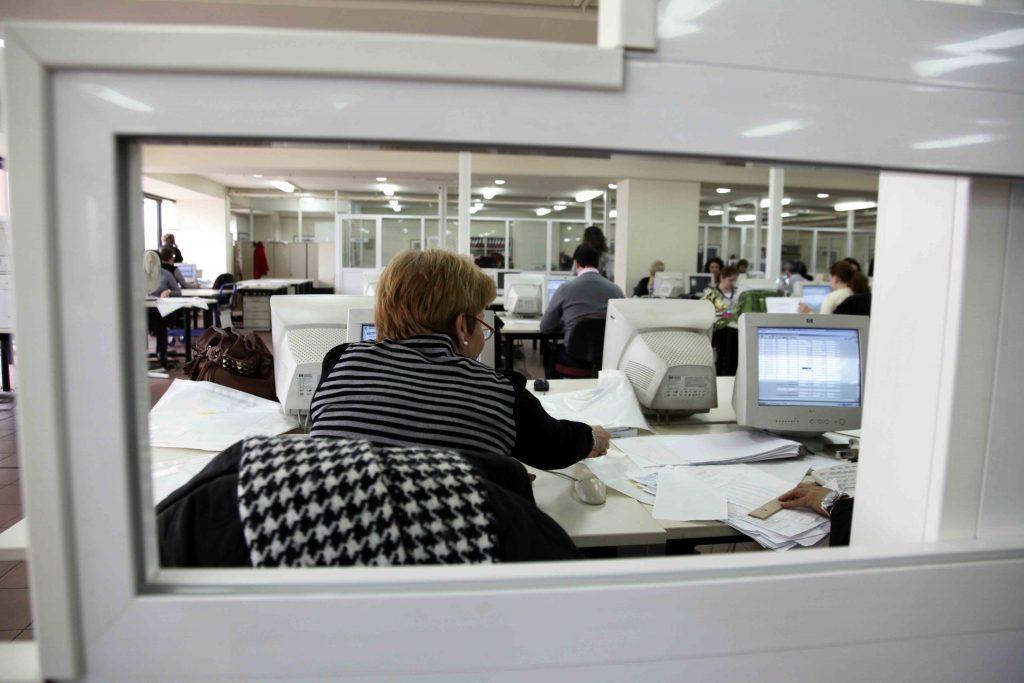 1.196 προσλήψεις μόνιμων υπαλλήλων σε ΔΕΚΟ μέσω ΑΣΕΠ