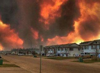Καναδάς, πυρκαγιά, 60 χιλιάδες, άνθρωποι, σπίτια,