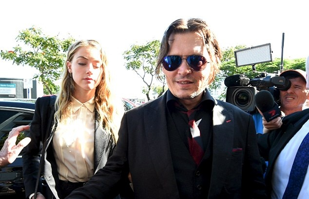 χωρίζουν, Johnny Depp, Amber Heard,