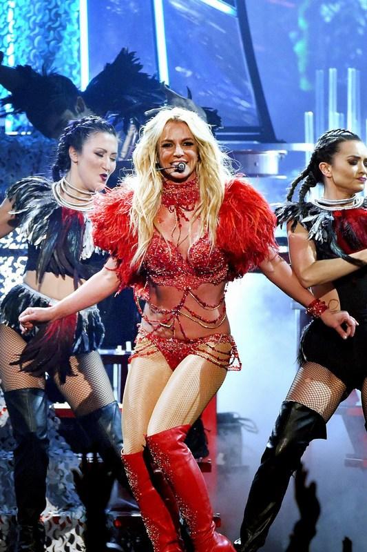 -Britney-Spears-2