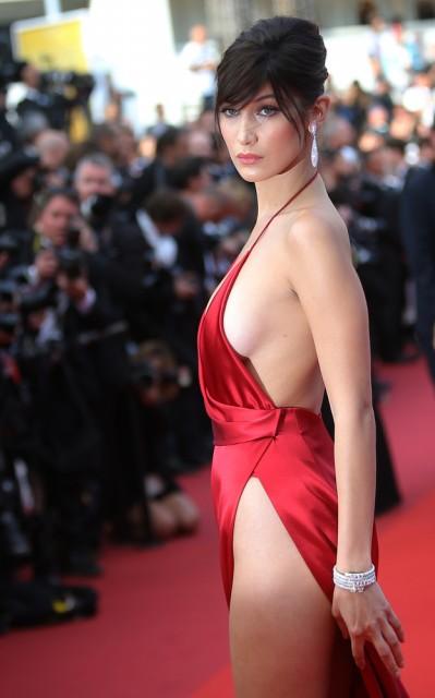 Bella Hadid, τι φορούσε, κάτω, φόρεμα,