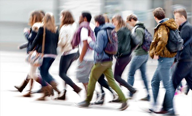 Παρά την αύξηση των κρουσμάτων τα γυμνάσια και τα λύκεια θα ανοίξουν