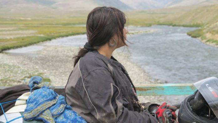 νεαρή, Πακιστανή, κάηκε, αρνήθηκε, να παντρευτεί, μεσήλικα,