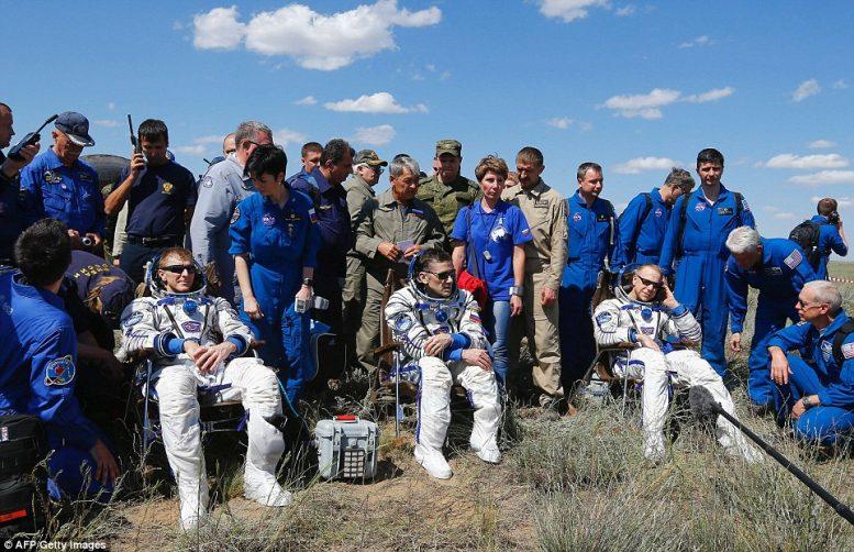 Καζακστάν, προσεδαφίστηκαν, αστροναύτες,