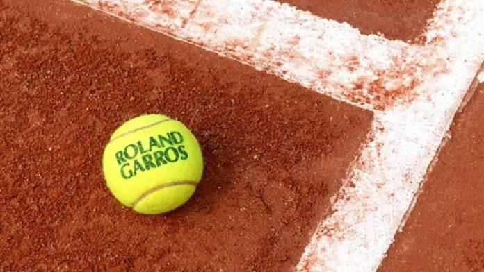 Roland Garros: Στα προημιτελικά ο Τσιτσιπάς